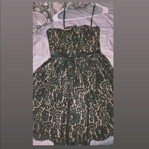 Black Laced Midi Dress 🖤